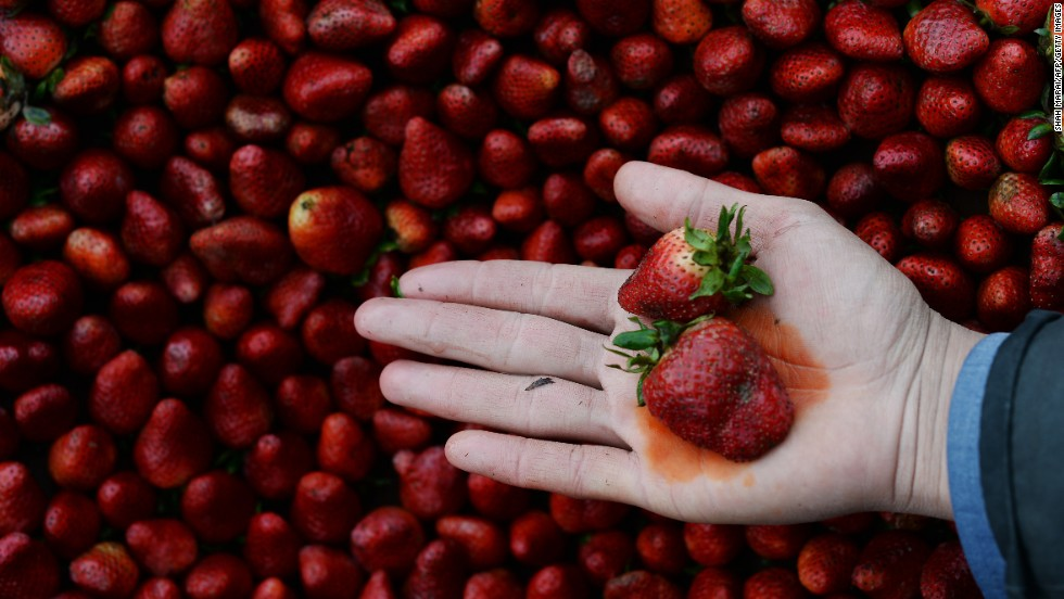 Strawberries again top the 'Dirty Dozen' list of produce contaminated with pesticide