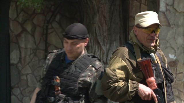 pkg damon ukraine uneasy truce_00012309.jpg