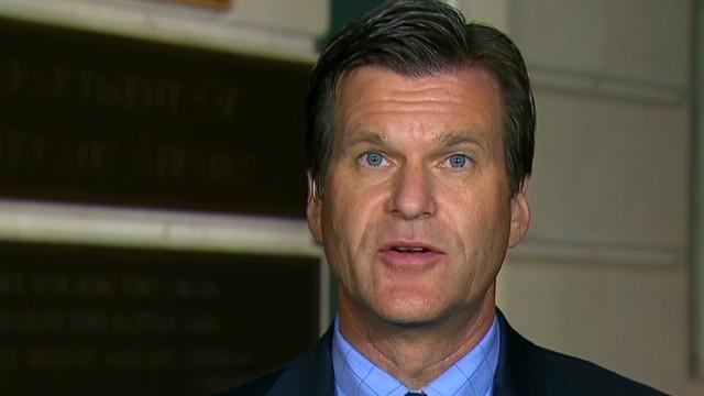 Senators call for VA boss' resignation
