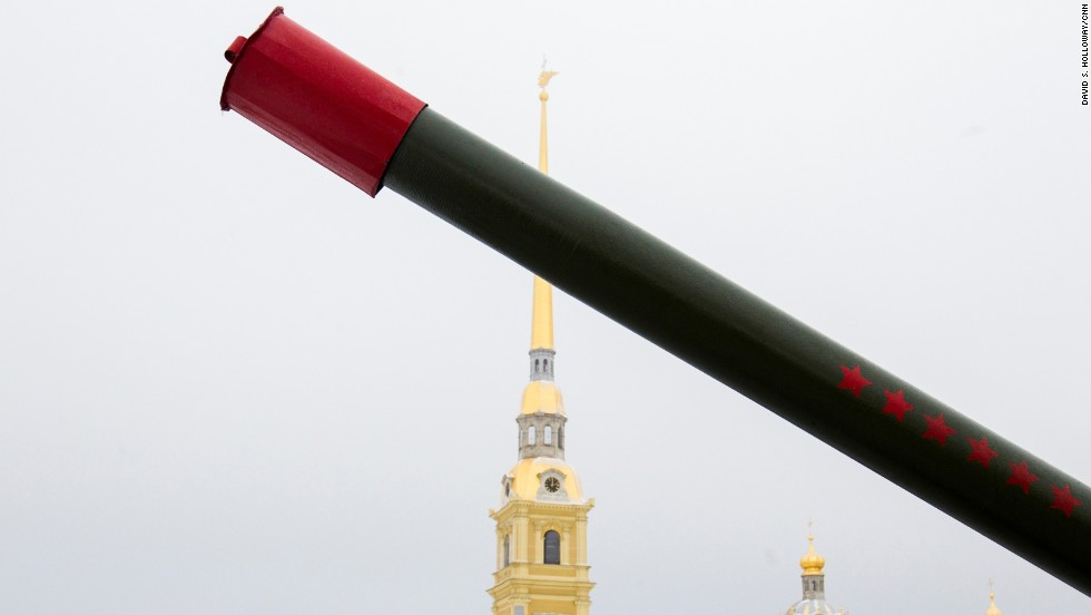 The cannon at the Peter and Paul Fortress is fired daily.