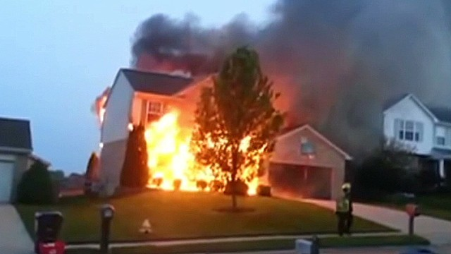 dnt neighbor rescues toddler from raging house fire_00000726.jpg