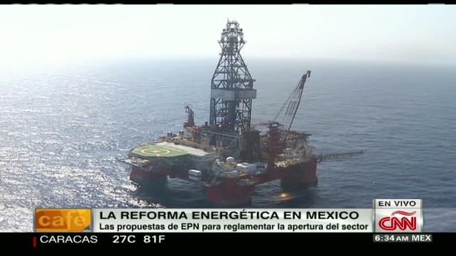 cnnee montero prof uga mexico oil intv_00021801.jpg