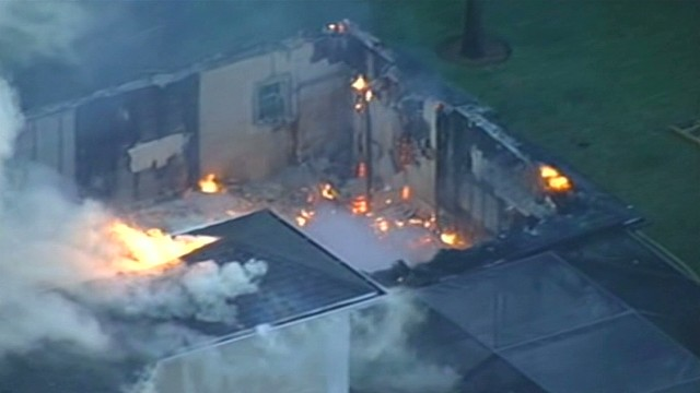 Ex-tennis pro's home catches fire