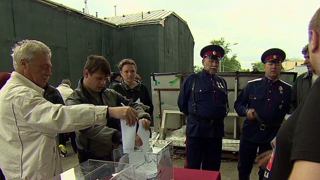 Voters in eastern Ukraine cast ballots