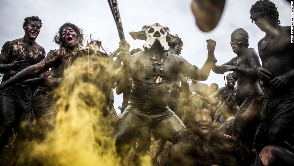 Paraty's vibrant festival season runs from late spring to early summer. The annual Bloco da Lama or Mud Block carnival (pictured) sees participants dress up with rags, skulls and bones and dive into the mud.
