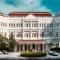 world drinking tour-raffles hotel singapore