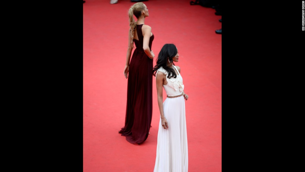 Actresses Blake Lively, left, and Zoe Saldana on May 14