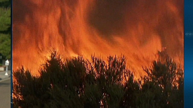 Dangerous battle to stop San Diego wildfires