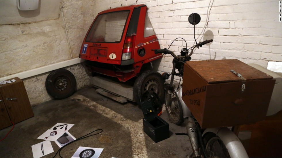 """Escape games"" have become popular in Budapest and are spreading to other parts of Europe. One escape scenario at Parapark -- which lays claim to originating Budapest's escape games craze -- focuses on the aftermath of a driving accident."