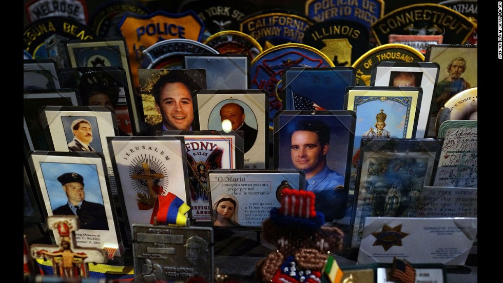 Cards, patches and mementos of those killed at ground zero -- single objects convey the tragedy of that day, the deadliest terrorist attack on American soil.