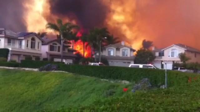 cnnee us california Carlsbad fires_00000905.jpg