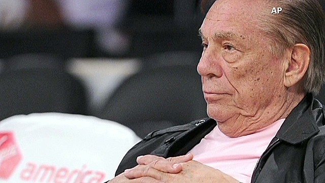 Owner agrees to let wife sell Clippers