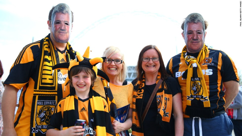 Thousands of Hull City fans have made the 200-mile trip from the north-east of England to attend the club's first-ever FA Cup final.