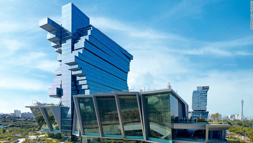 Both buildings in this hospitality and exhibition complex in Guangzhou, China, offer exhibition space on lower floors. One of the buildings is topped by offices, the other by a five-star hotel containing, among other facilities, the city's largest ballroom with an area of nearly 5,000 square meters. <strong>Architects: </strong>Andrew Bromberg of Aedas