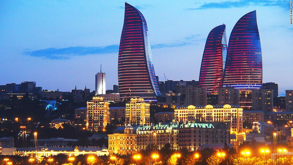 These towers in Baku, Azerbaijan, are completely covered with LED screens that mimic fiery flames and giant torches. The design was inspired by Azerbaijan's history as a land of fire, due to its rich deposits of natural gas. Concrete is the predominant material, while the tops of the three buildings contain a lighter steel structure to create the impression of a flickering flame.<strong>Architect: </strong>HOK