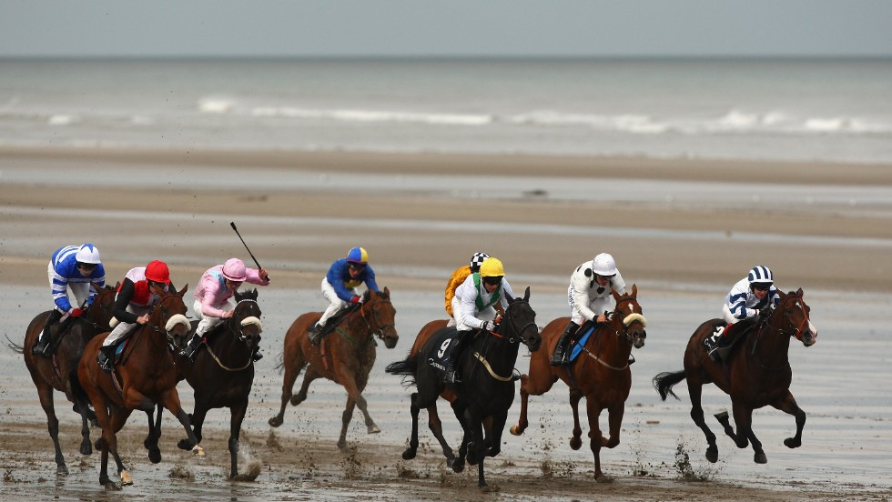 Laytown, just north of Dublin on Ireland's east coast, has held beach racing since 1868.