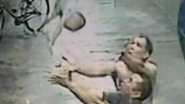 nr man catches falling baby_00001929.jpg
