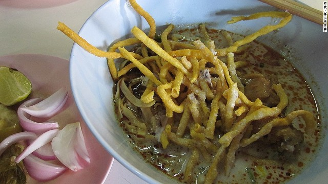 A bowl of khao soi at Samoer Jai at Faham.