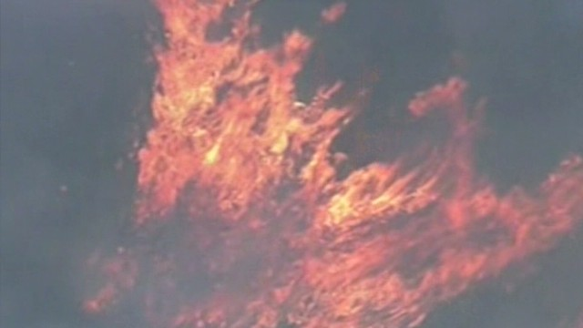 Crews fight Arizona wildfires