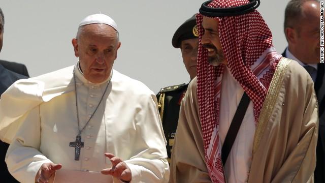 Pope Francis arrives in Jordan's capital