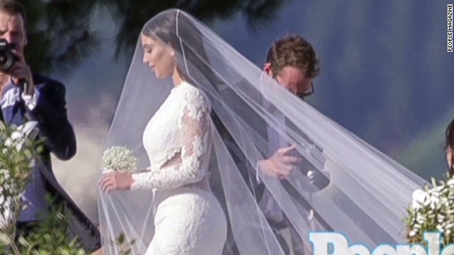 mxp kim kardashian kanye west wedding_00001124.jpg