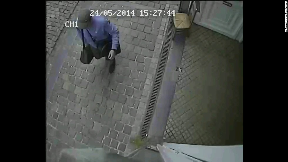 The photographs and video released by police show the suspect wearing a cap and blue shirt, carrying two bags over his shoulder. The images do not show his face clearly.