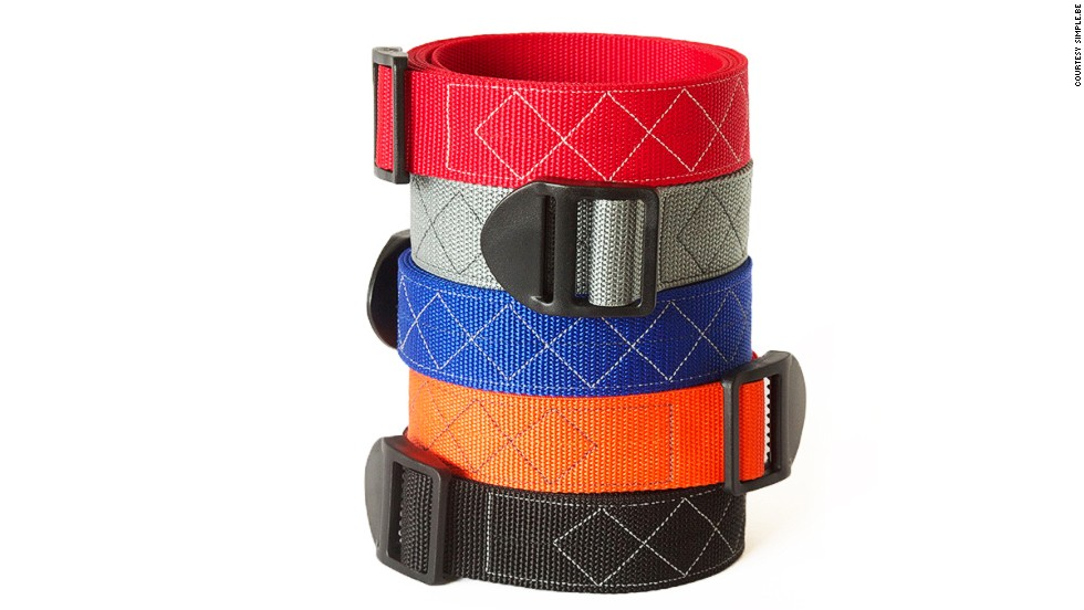 Handmade simple.be belts are metal-free, so you don't have to remove them at airport security checks.