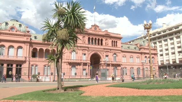 cnnee rodriguez argentina unemployment _00005425.jpg