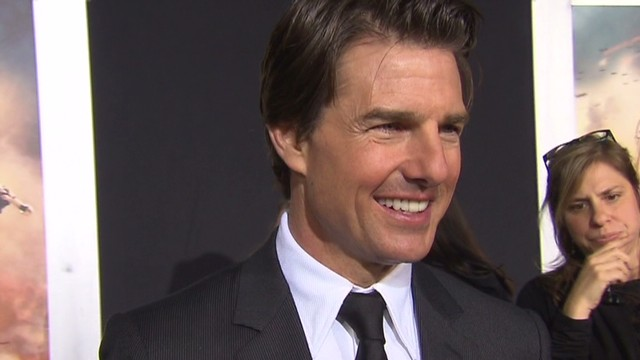 "Tom Cruise Premieres ""Edge of Tomorrow"""