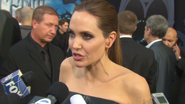"Angelina Jolie ""Maleficent"" premiere_00002424.jpg"