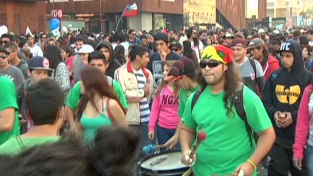cnne esparza chile marihuana legal pressure_00000112.jpg