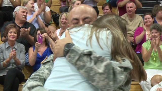 dnt soldier surprises daughter at fifth grade graduation_00010816.jpg