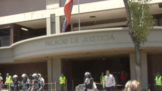 cnnee hernandez venezuela leopoldo lopez case_00011327.jpg