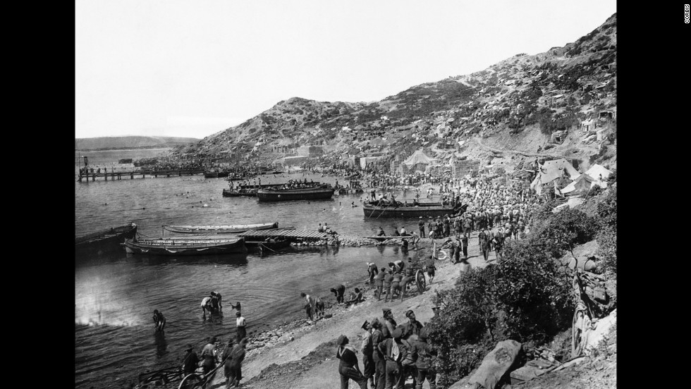 Troops land at Anzac Cove in the Dardanelles during the battle between Allied forces and Turkish forces at the Gallipoli Peninsula in February 1915. The two sides were fighting for access to the strategic Sea of Marmara and eventually to Constantinople (Istanbul).