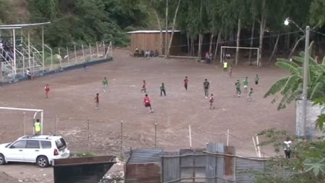 cnnee sandoval honduras soccer _00000306.jpg