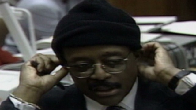 vault oj simpson johnny cochran if it doesnt fit acquit 1995_00004418.jpg