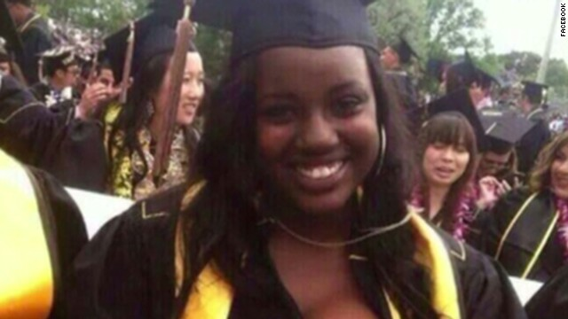 Graduation photo shows 'Black Women Do Breastfeed'
