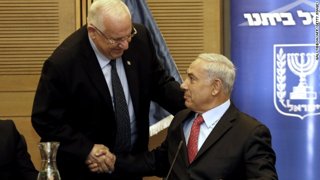 Israeli PM Benjamin Netanyahu (right) with newly-elected President Reuven Rivlin at the Knesset on June 9, 2014 in Jerusalem.