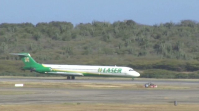 cnnee hernandez venezuela airlines trouble_00004526.jpg