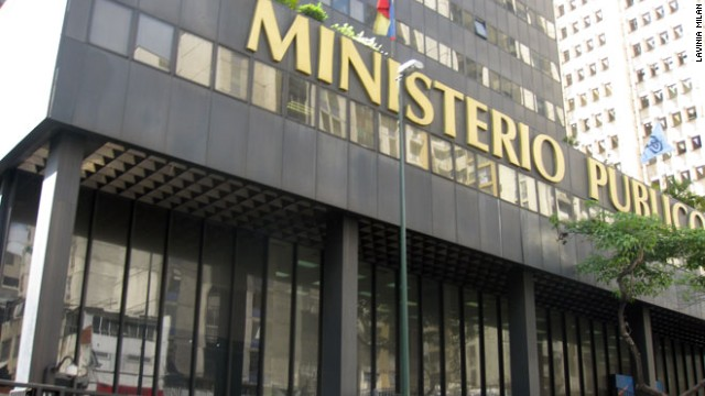 Pictures of the facade of the public ministery in Caracas