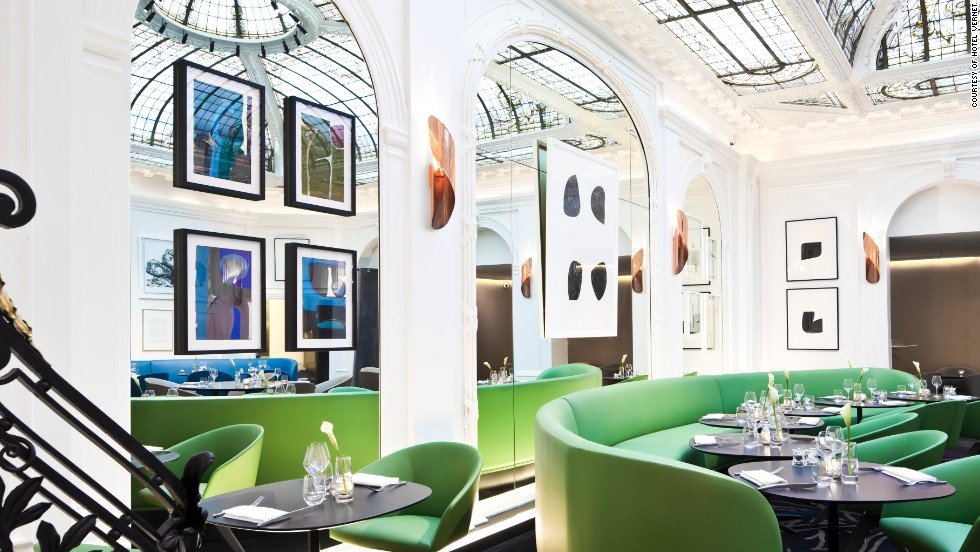 The Vernet features walls of woven copper thread and abstract-patterned carpets, all under a classic French glass roof. There's also a resident DJ.