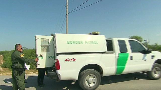 exp erin dnt savidge undocumented children enter us_00010429.jpg