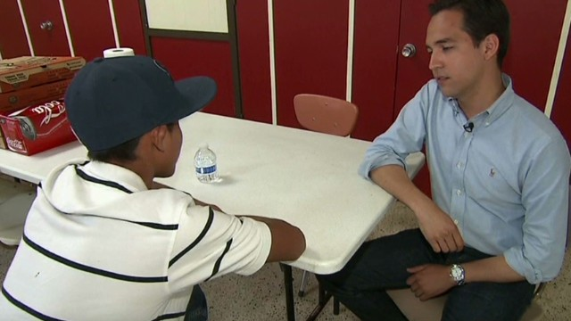 Undocumented teen describes trek to U.S.
