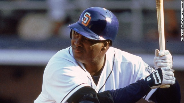 MLB Hall of Famer Tony Gwynn dead at 54