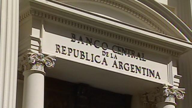 cnnee rodriguez argentina debt restructure_00001415.jpg