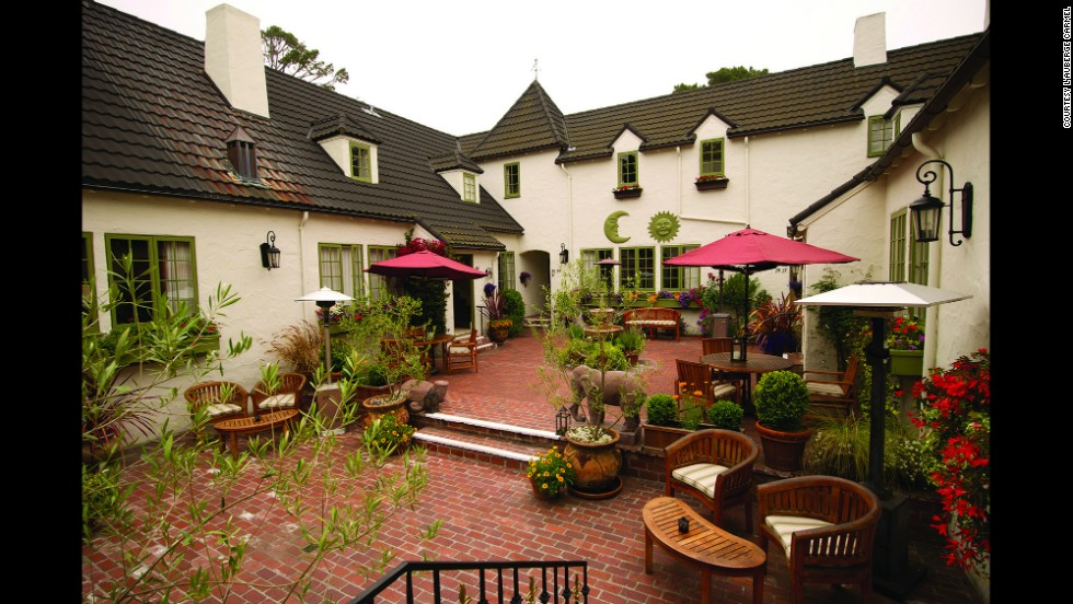L'Auberge Carmel offers top-notch service and elegant accommodations for romance seekers.