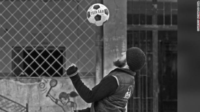 irpt syria football free syrian army_00005228.jpg