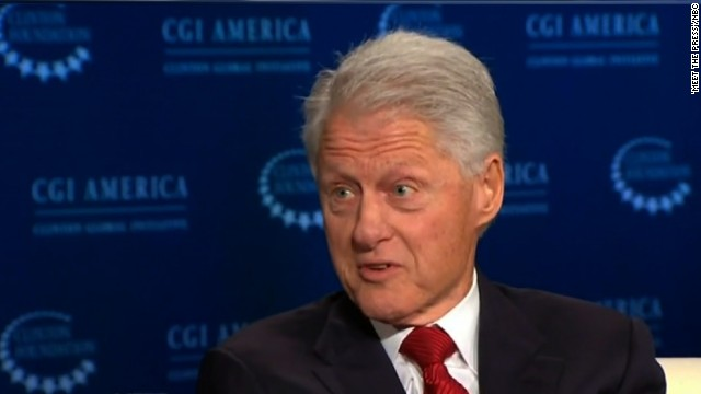 Clinton to Hamas: Give up violence