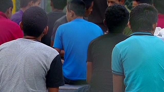 exp ac panel unaccompanied children crossing u.s. border_00003418.jpg