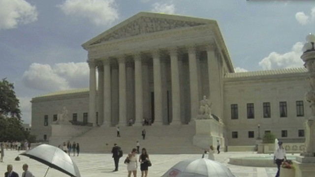 nr scotus strikes down abortion buffer zones_00002511.jpg